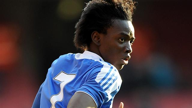 Chelsea sign Bertrand Traore 2013