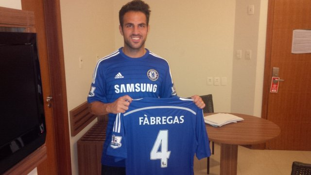 Photo: Cesc Fabregas In A Chelsea Kit After Completing £28